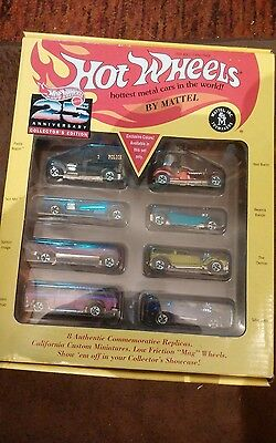 Hot Wheels 25th Anniversary Collectors Edition 8  car redline series #1