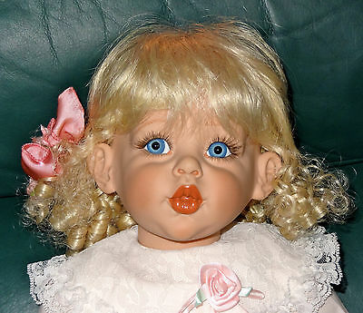 """BLOSSOM 25"""" VINYL DOLL BY FAYZAH SPANOS 1995 EXCELLENT CONDITION w/COA # 030/500"""