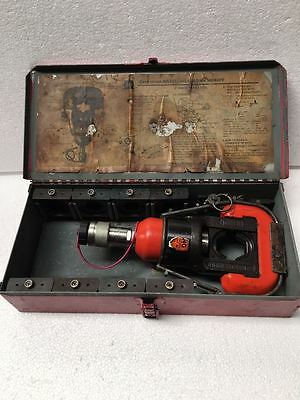 Thomas & Betts 13642PF Hydraulic Crmping Tool With its Complete Die Set UU