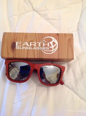 Earth Brand wooden Sunglasses