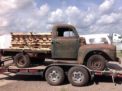 1948 Ford F-100  Ford Pickup  F 3.  Vintage. 1948