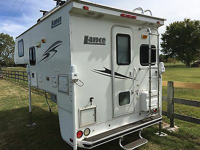 2008 Lance 845 short bed truck camper