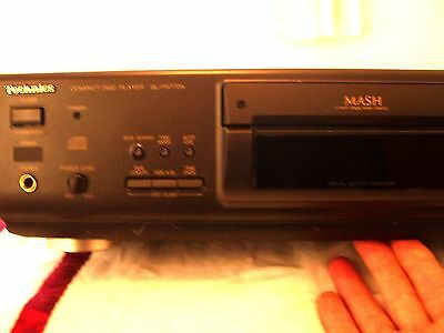 Technics Compact Disc Player  + REMOTE- SL-PS770A - Tested Working