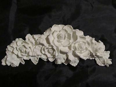 "ALL WHITE MAGNOLIA PEDIMENT WALL DECOR~RESIN~11"" WIDE~Shabby~Cottage~Chic"