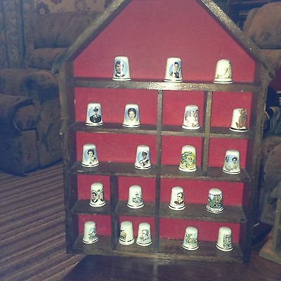 Thimble House With 20 Thimbles