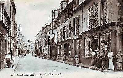 77  --  Coulommiers  --    Rue De Melun Tres Animee   1918