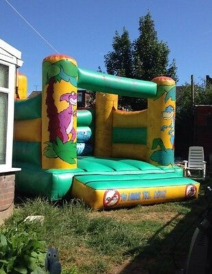 bouncy castle 11ft X 11ft With Blower