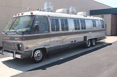 Catering Truck-GREAT INVESTMENT! -1986 Chevrolet P30 RV Airstream