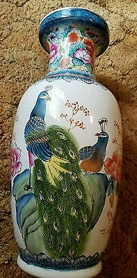 Famille Rose Beautiful Chinese Porcelain Flowers Birds Vase & Gold lacing