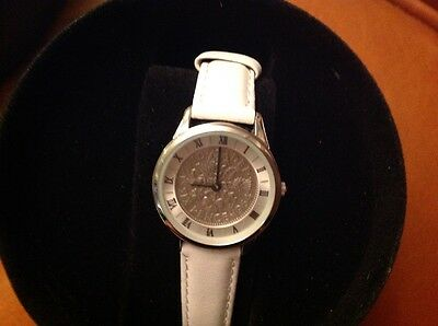 LADIES SIXPENCE WATCH dated 1964