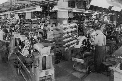 Harley-Davidson FL Hydra Glide – 1949 factory production line - motorcycle photo