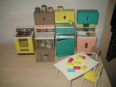 Vintage Deluxe Reading Corp.  1960's Dream Kitchen for Barbie GREAT SET!!