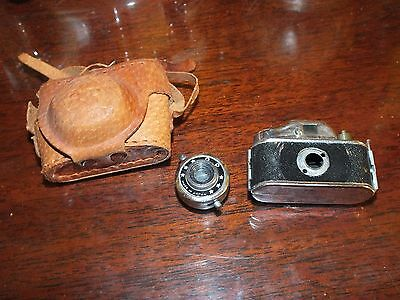 Vintage Q.P.  Mini Spy Camera with Case   made in Japan