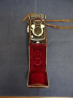 Vintage Yashica D TLR Medium Format Twin Lens Reflex Camera With Leather Case