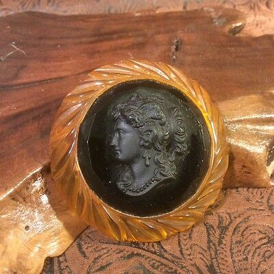 Vtg Carved Bakelite Faceted Black Cameo and Apple Juice Large Round Brooch Pin