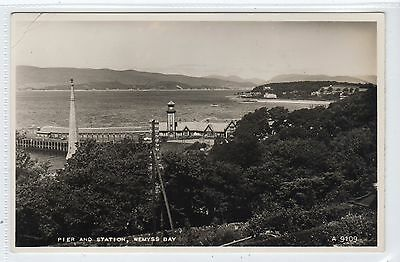 PIER AND STATION, WEMYSS BAY: Renfrewshire postcard (C22647)
