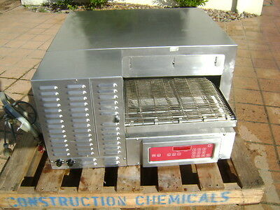 Quality Commercial Conveyor  Gas Pizza Oven Blodgett. Made In The Usa.