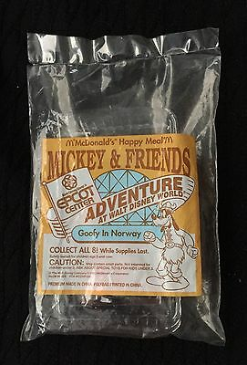 McDonald's Disney Toy 1993 GOOFY in Norway Epcot Mickey & Friends MIP