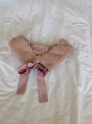 Planet Ladies Pale Pink Faux Fur Collar With Ribbon Ties Lovely Quality Vgc
