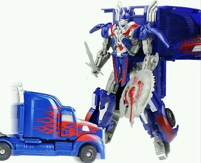 Action figure transformers OPTIMUS PRIME  si trasforma in camion