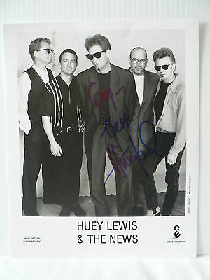 Huey Lewis And The News  Autograph Signed Photo 8  X 10