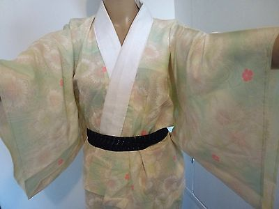 Vintage authentic handmade Japanese jyuban for Kimono, women, flowers (J679)