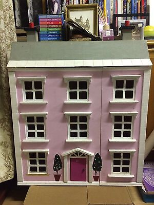 Wooden Dolls House Some Tlc Ideal For Christmas