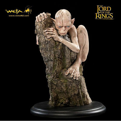 THE LORD OF THE RINGS GOLLUM Miniature figure THE WETA CAVE