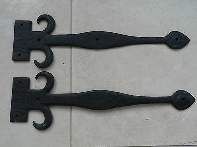 ANTIQUE STYLE PAIR 46cms LENGTH FLEUR DI LIS CAST IRON DOOR STRAPS 14.5cm wide