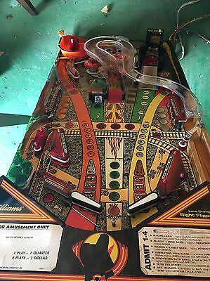 Comet Pinball Populated Play Field