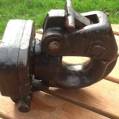 MILITARY NATO TOW JAW HITCH GENUINE Taken Off Land Rover !!!!!!!!!!!!!!!!!!!!!!