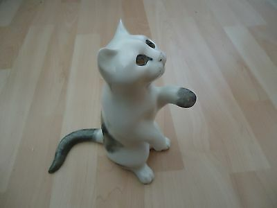 Rare Winstanley Mike Hinton White & Grey Cat Sitting Up With Raised Paw