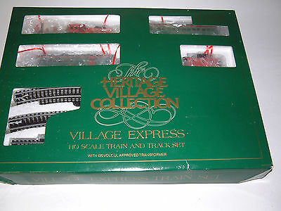 Department 56 (Collectible Village)  Electric HO Train Set ( REAL SHARP)