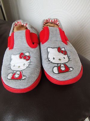 Girls Hello Kitty Slippers/Size 13 {eur 32}From Marks and Spencer