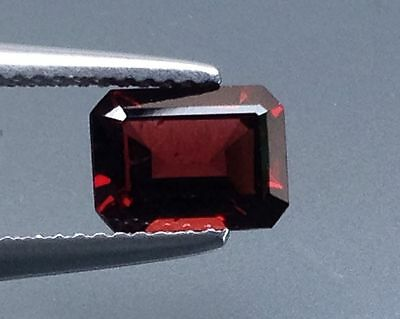 1.95Cts Ggorgeous !! Natural Red Garnet Loose Stone Gems (5318)
