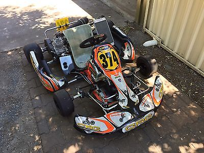 CRG 2014 Kart Chassis with 2015 X30 125 Engine