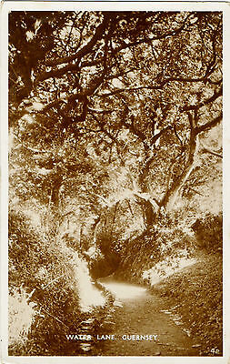 Water Lane ,Guernsey 1933(Real Photograph) Franking -St.Peter Port