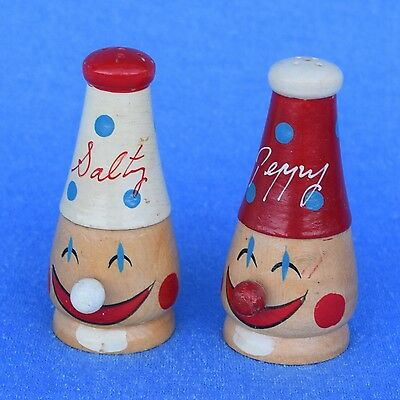 Vintage Retro Novelty Clown Face Wood Salt & Pepper Shakers