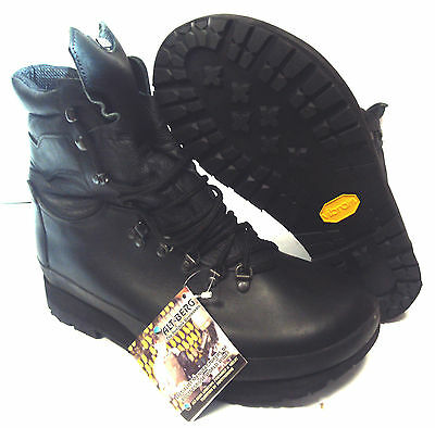 British Army - Alt-berg Black Boots - Used - Super Grade - SP459
