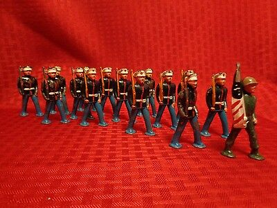 Antique Barclay 15 Marines Lead Toy March Soldier American Flag Pod Foot
