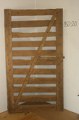 Vintage Salvaged Reclaimed Barn Wood Door, Antique & Decorative Piece, BD-20