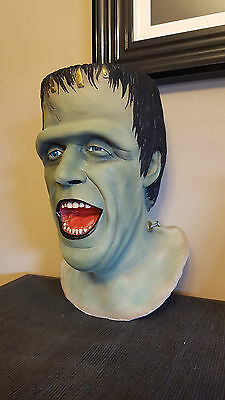 1/1 Life size bust The Munsters Herman Fred gwynne replica prop horror addams