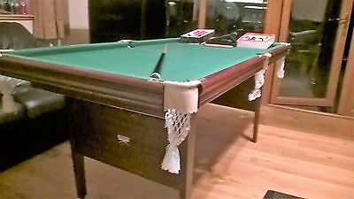 Snooker Table 6ft / 3ft and equipment