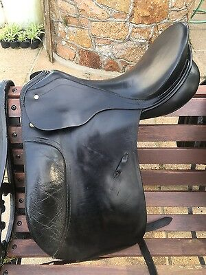 Passier black dressage saddle 17""