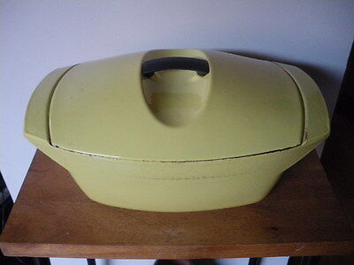 LE CREUSET / RAYMOND LOEWY / ANCIENNE COCOTTE FONTE  JAUNE 1950 / 50s /