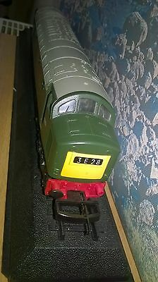 Model Railways Lima Class 40 00Gauge Locomotive Br Green