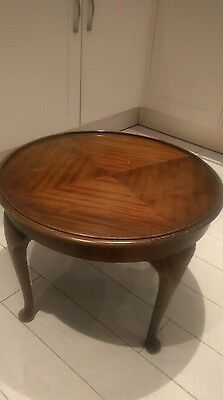 Coffee/side table round Antique Vintage Queen Anne Style occassional