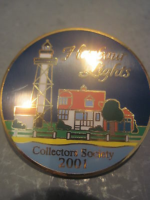 Harbour Lights Collectors Society  Button /  Pin  2001