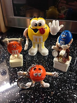 M&M Sweet Dispenser Toy Figures Letting