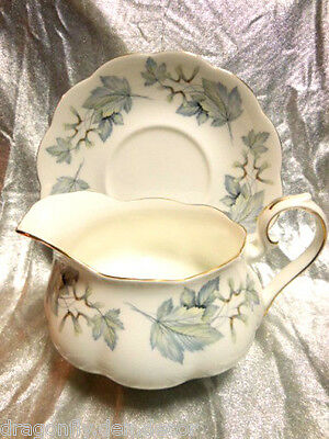 "ROYAL ALBERT - FINE CHINA ENGLAND Gravy Boat & Saucer - ""SILVER MAPLE"""